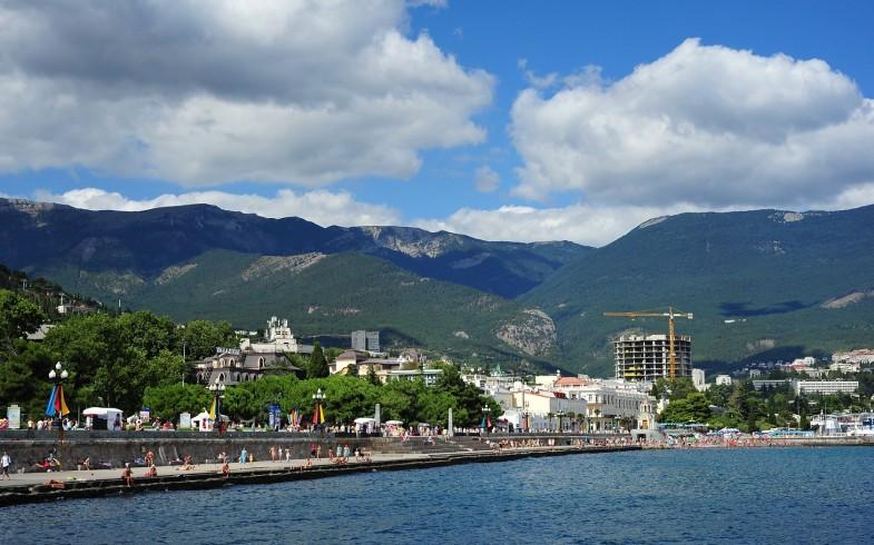Yalta-Crimean-Peninsula-785x490
